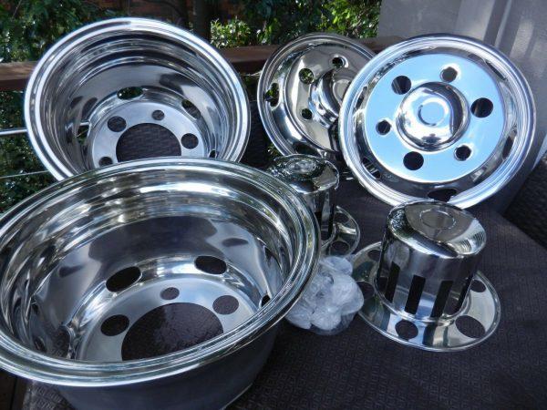 Fits Isuzu FRR 500 6 stud 16 inch Wheel Covers (Hub caps, Tow Truck Tyres)