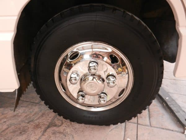 Mitsubishi Fuso Rosa Canter Wheel Simulators (5 stud) 16 inch
